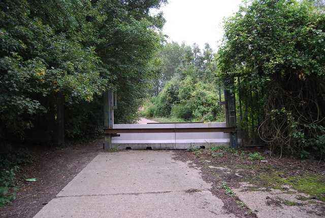 Traffic barrier, Medway Valley Walk