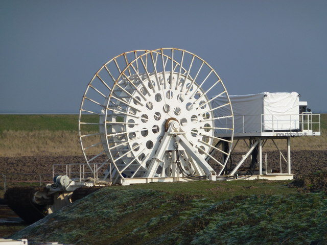Giant machine found on the edge of the Wash