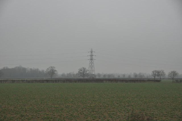 Tewkesbury : Field & Pylon
