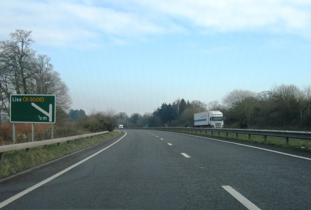 A3, Approaching Liss turning