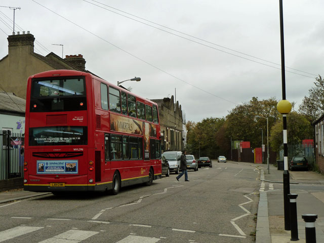 Bus on Nightingale Grove