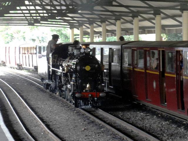RH&DR Engine No. 10 'Dr Syn'