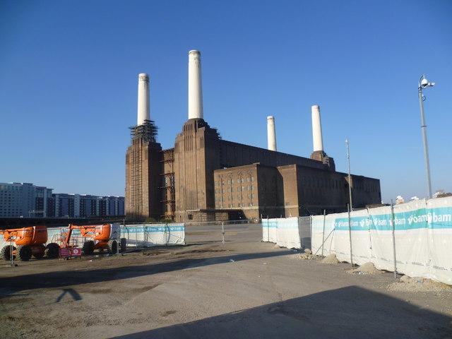 Battersea Power Station from Battersea Park Road