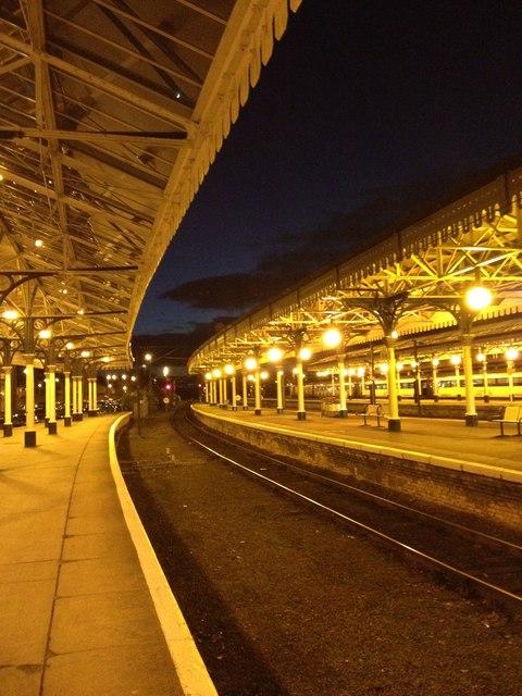 South end of Platform 3, York Railway Station
