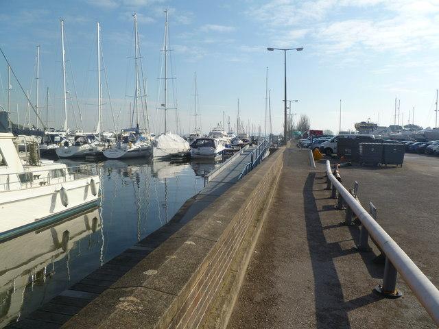 Lymington, Berthon Marina