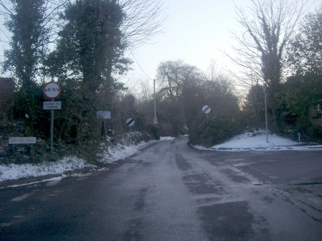 Low Hill Road, Roydon