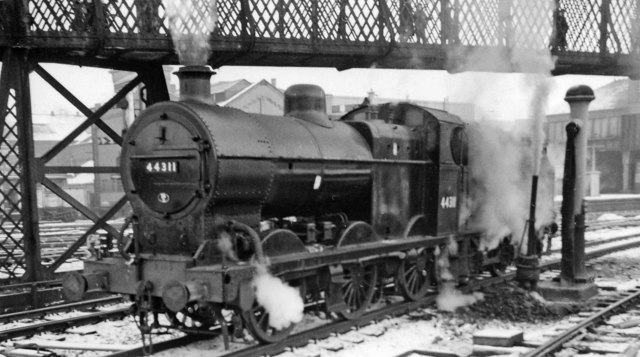 LMS 4F 0-6-0 at Bolton in the snow