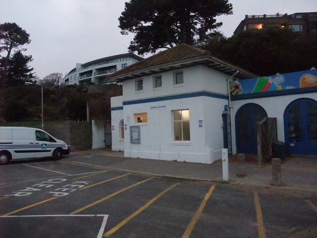 Public conveniences, Branksome Chine, Poole Bay