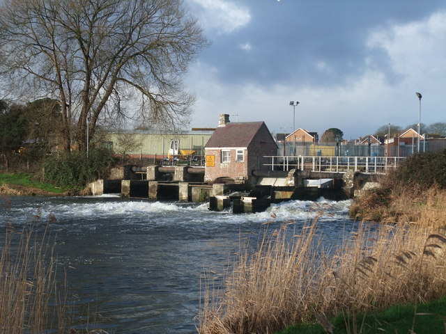 Sluice gates on the Avon