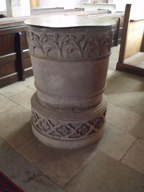 Font, St Peter's church, Doddington