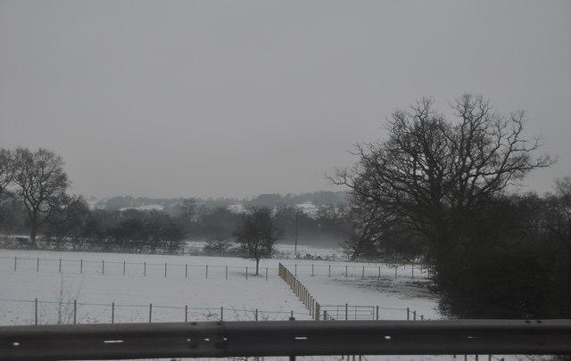 Bromsgrove : Snowy Fields