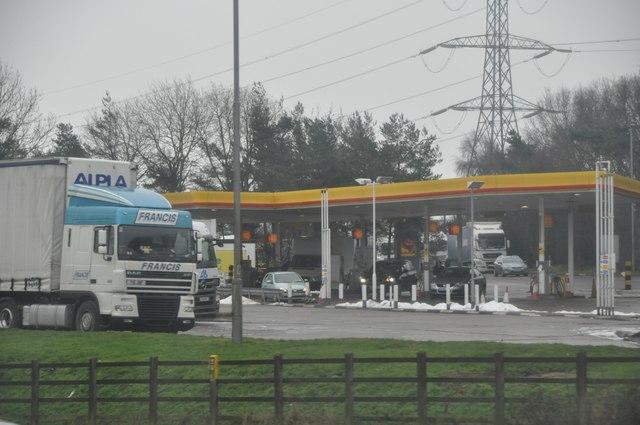 North Warwickshire : Shell Petrol Station