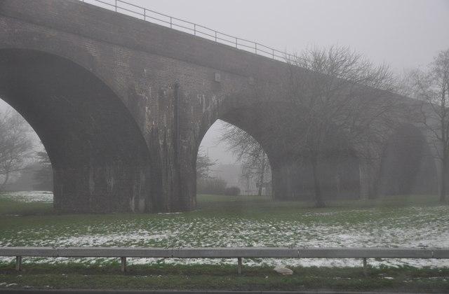 Nuneaton : Railway Bridge