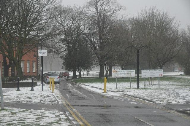 Nuneaton : Riversley Park Entrance