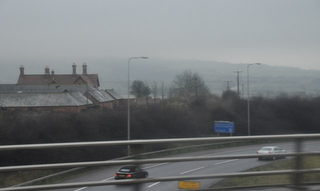 Wychavon : The M5 Motorway Roadside