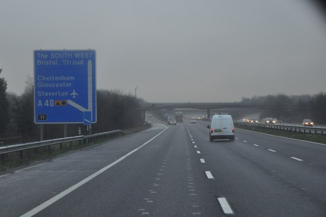 Tewkesbury : The M5 Motorway Southbound