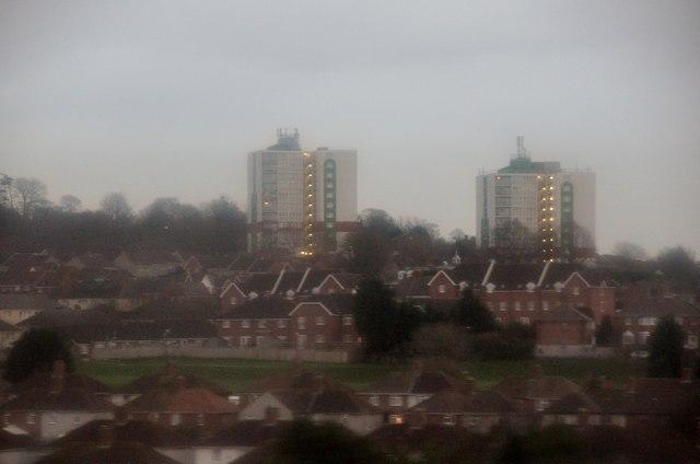 Bristol : Avonmouth - Houses