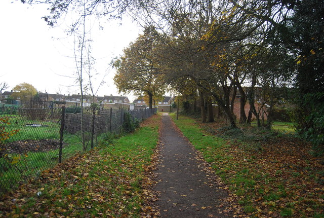 Footpath to Baker Close