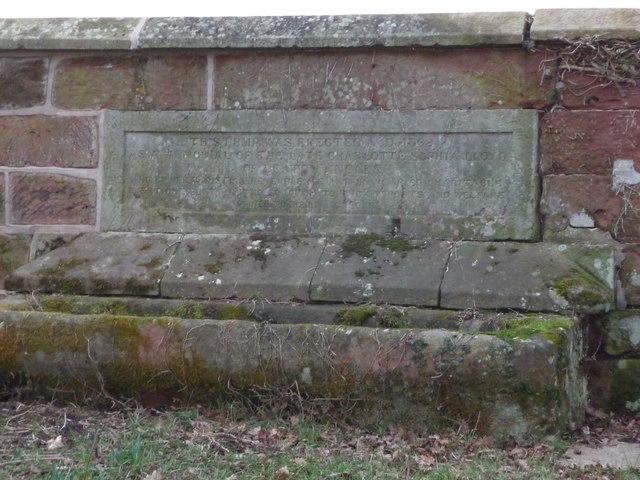 Plaque inscription on Dunn's Heath water pump