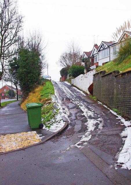 Service road for houses in Stourbridge Road, Kidderminster