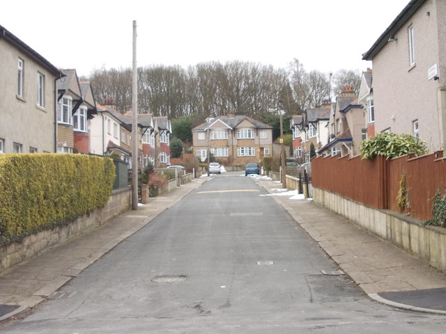 Fern Hill Avenue - Fern Hill Road