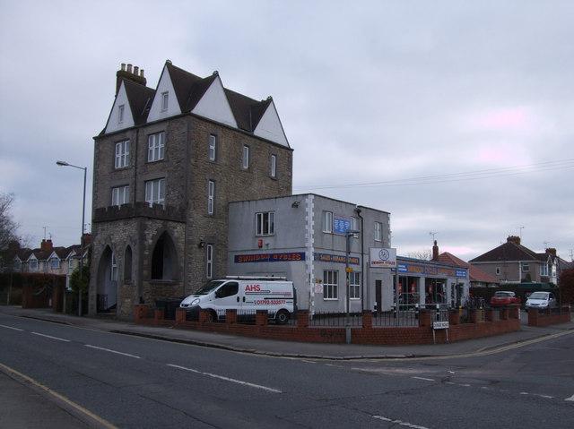 The Boundary House, Beechcroft Road