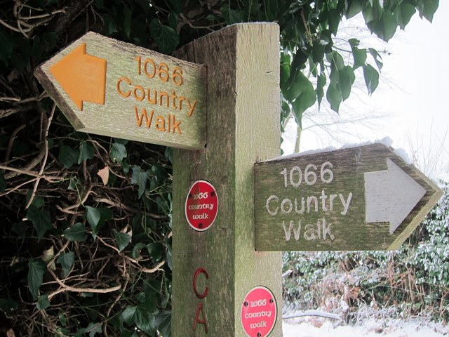 1066 Country Walk sign