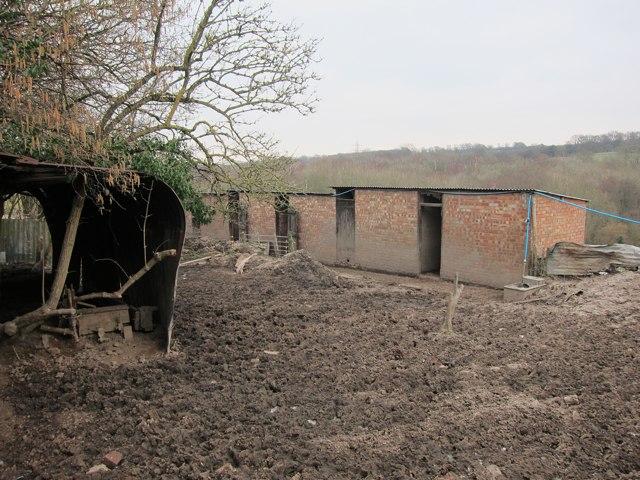 Hopper Huts at Amhurst Hill Farm