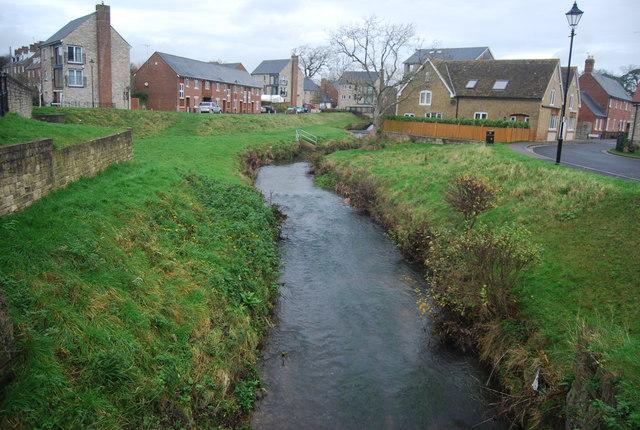 River Brit, Pymore