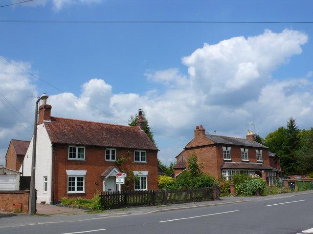 Houses on the Wellesbourne Rd Barford