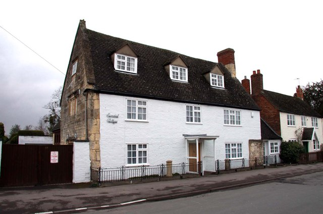 Sundial Cottage on the Burgage