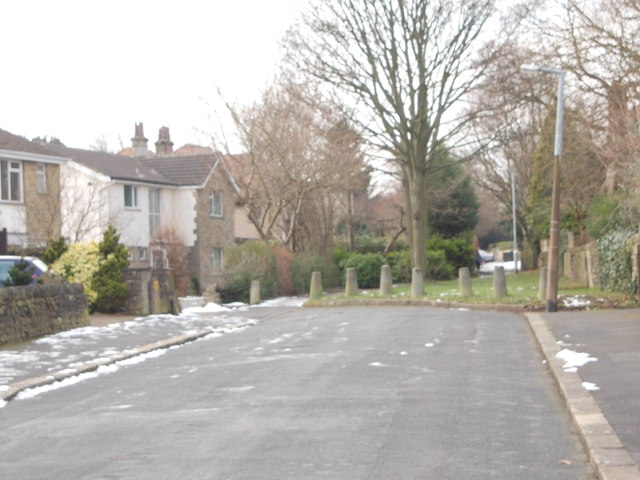 Kendall Avenue - viewed from Glenhurst Road