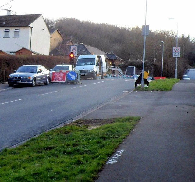 Temporary traffic lights at the south end of Rowan Way, Malpas, Newport