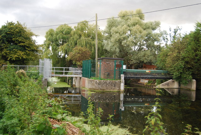 Weir and Sluice, River Gipping