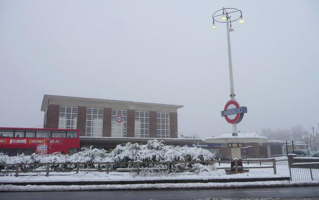 Oakwood Station, London N14