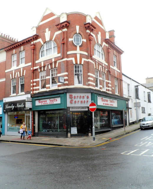Baron's Corner, Newport