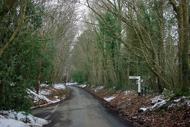 Moat Lane at Hawkhurst Lane junction