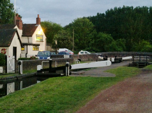 Navigation Inn and Greenforge Lock
