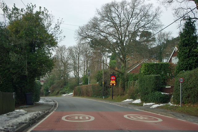 30 - slow down in Buxted