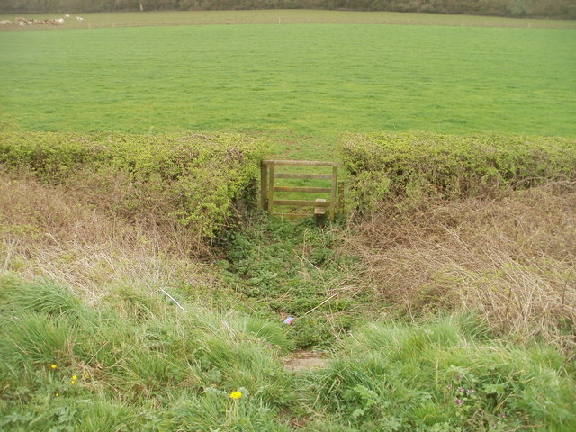 Stile from the A48 to a footpath to Five Lanes