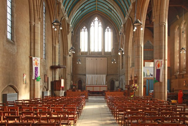 St Barnabas, Gorringe Park Avenue, Mitcham - East end