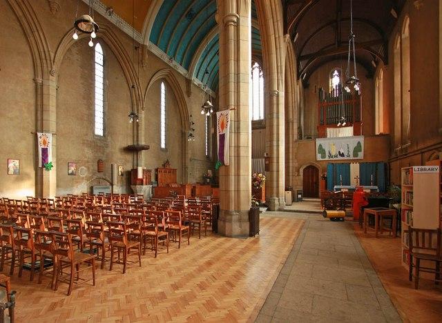 St Barnabas, Gorringe Park Avenue, Mitcham - South aisle