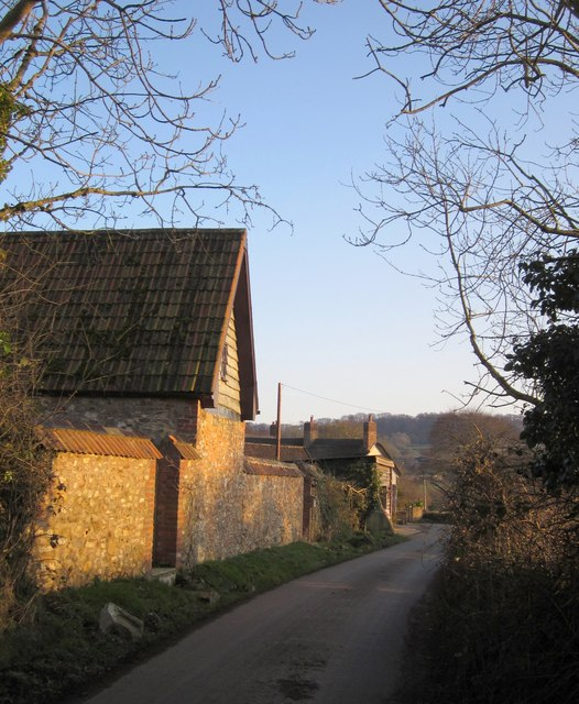Lane past Lower Leigh