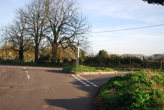 One Tree Rd, Mill Rd junction