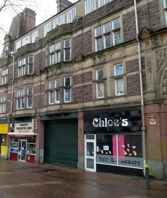 Chloe's, Newport