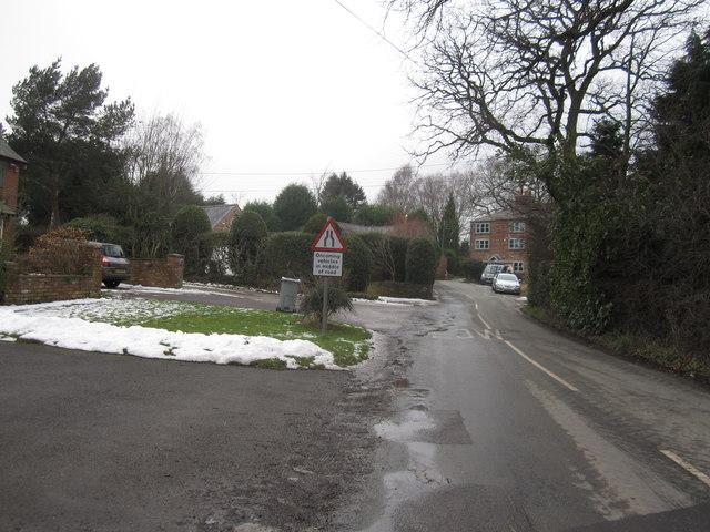 Dangerous corner Mottram-St-Andrew