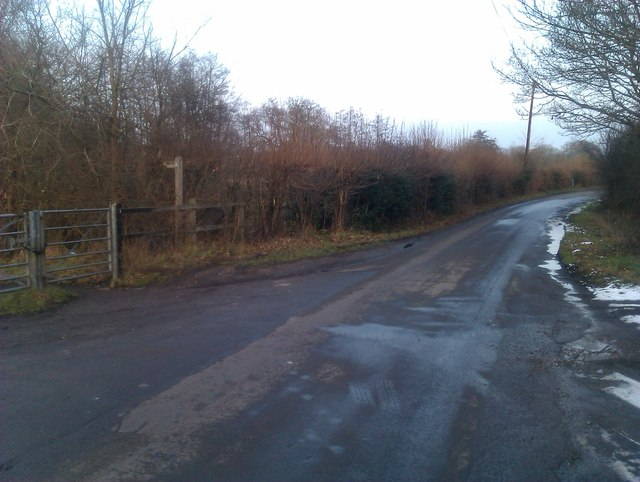 Green Lane at the gated end of Crampmoor Lane