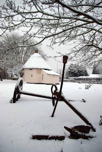 Anchor & Dutch Cottage