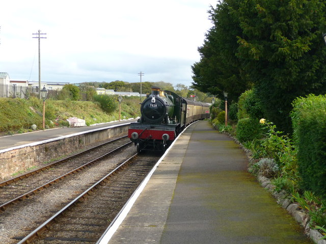 Blue Anchor - The Train Now Arriving