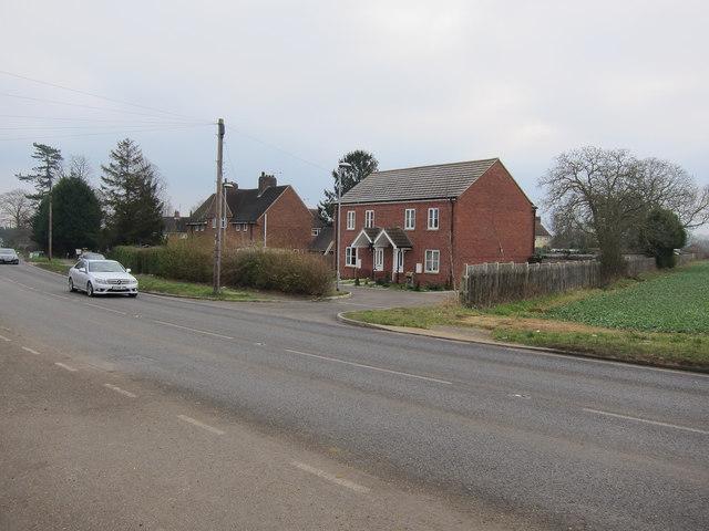 New houses on Stretham Road